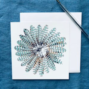 CARD SQUARE - BLUE FEATHER ROUND